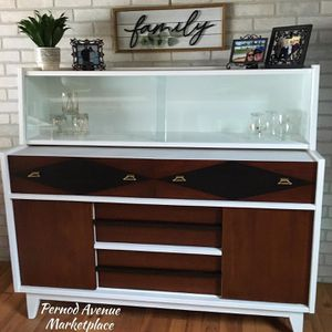 Stunning Mid Century China Hutch/Buffet for Sale in St. Louis, MO