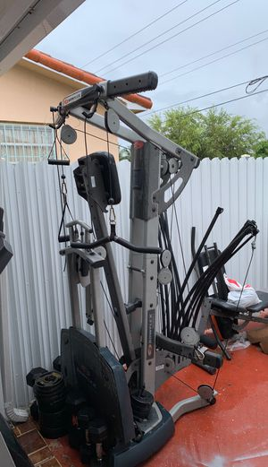 Gym equipment bowflex, bench, weights, dumbbells for Sale in Miami, FL