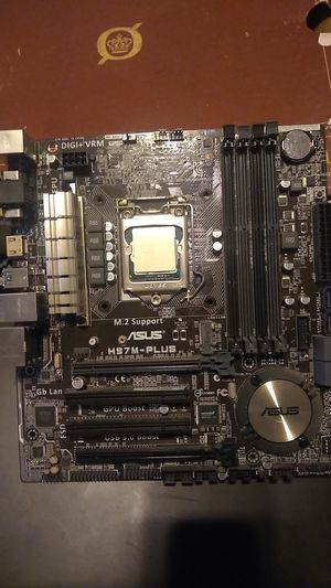 ASUS H97M-PLUS MOTHER BOARD I-3 PROCESSER for Sale in San Diego, CA