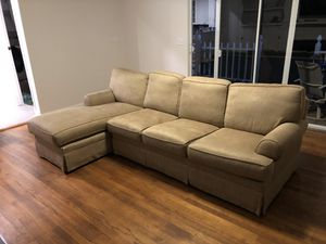 Chaise Sectional Couch for Sale in Tampa, FL