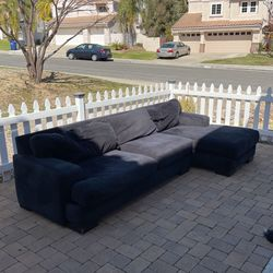 FREE Black L-shaped Couch And Ottoman for Sale in San Marcos,  CA