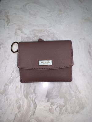 Small Kate spade wallet for Sale in Lawrenceville, GA