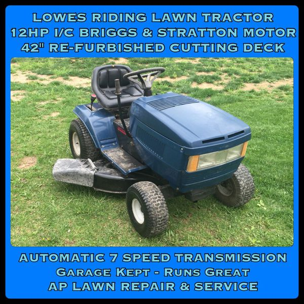 Lowes GARDEN RIDING LAWN MOWER TRACTOR 12 HP 42