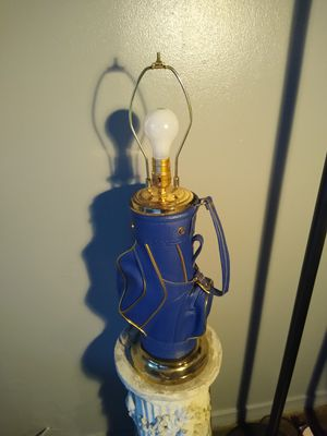 Nice golf bag lamp for Sale in North Chesterfield, VA