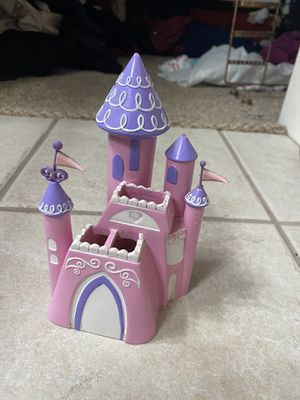 Princess Barbie toothbrush holder and tumbler for Sale in Fresno, CA