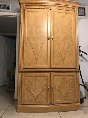 Mueble para tv for Sale in Hialeah, FL