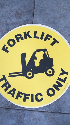 6 traffic forklift stickers signs 16 1/2' for Sale in Carson, CA