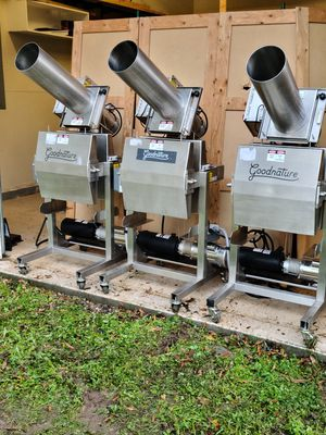 Good Nature X1 Cold Press Machine for Sale in Charlotte, NC