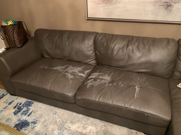 FREE SECTIONAL