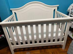 Baby Crib & mattress for Sale in Trenton, NJ