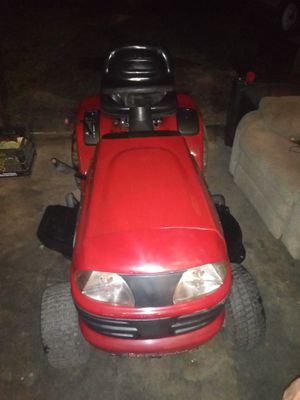 Craftsman LT 3000 for Sale in Wood River, IL