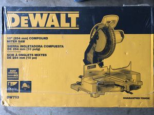 Dewalt 10inch compound miter saw for Sale in Davie, FL