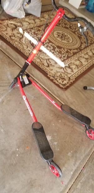 Y flicker air A1 push swing scooter for Sale in Phoenix, AZ