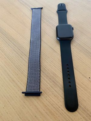 Apple Watch 4 series 44 mm cellular plus WiFi. Extra belt. Original box for Sale in Sunrise, FL