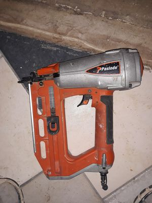 Paslode 16 gauge straight finish nailer for Sale in Cuba, MO