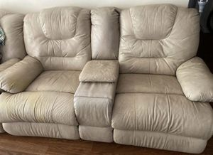 Beige Leather Loveseat w/ Console and Reclining Seats for Sale in Pembroke Pines, FL