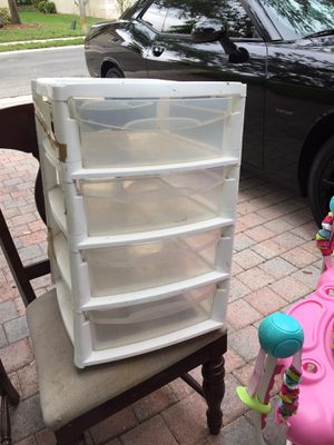 Plastic container with drawers only $10 for Sale in Pembroke Pines, FL