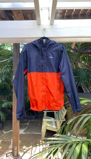 Patagonia rain jacket. Men's medium. Great for rain and stormy weather. Used for Sale in La Jolla, CA