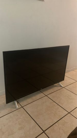 32 inch TCL Roku TV for Sale in Tamarac, FL