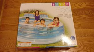 """Intex Swim Center Inflatable Family Lounge Pool, 90"""" x 86""""x 31"""" for Sale in Chicago, IL"""
