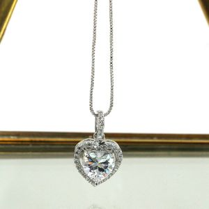 Lovely silver peach heart crystal necklace for Sale in Atherton, CA