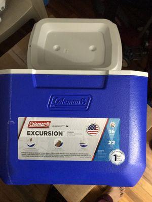 Coleman 16 qt cooler for Sale in Rahway, NJ