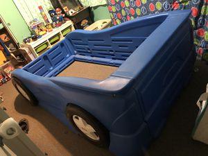 Car bed frame for Sale in Hesperia, CA