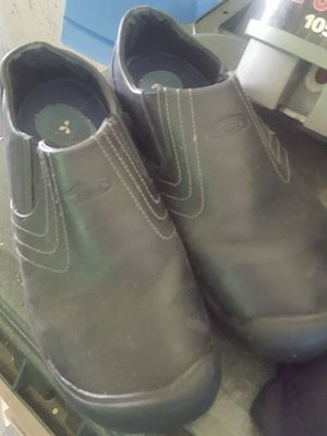 Keens shoes size 9 for Sale in Oregon City, OR