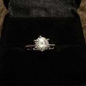 Used, Women's 925 sterling silver Italiana 1 carat Cz diamond wedding ring / size 5 for Sale for sale  Hasbrouck Heights, NJ