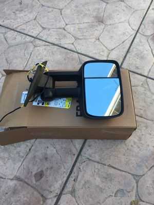 Towing Power Heated Signal Side View Mirror Driver Left L 07 to 13Chevy or GMC truck 1500/2500/3500 for Sale in Hollister, CA
