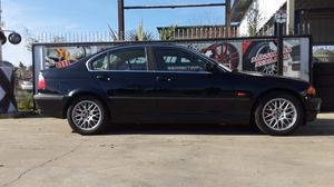 1999 BMW 328i 141,000 miles Clean title just passed smog for Sale in Modesto, CA