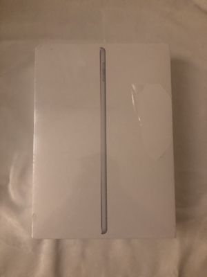 Silver iPad 6th generation WiFi brand new sealed 🔥🔥 for Sale in Lakeland, FL