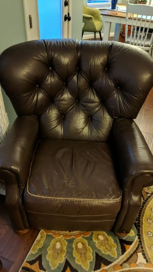 Leather recliner for Sale in Columbus, OH