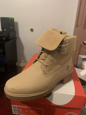 Size 7 women Timberland Women's Jayne Fold Down Boots for Sale in South Gate, CA