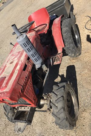 Tractor Diesel 4x4 for Sale in Hilmar, CA