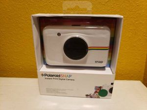 Polaroid Snap Instant Digital Camera (White) new selling for only $60. for Sale in Carson, CA