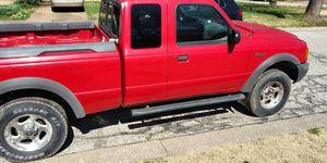 2001 Ford Ranger XLT 3.0L V6 4X4 6 Cylinder for Sale in Clayton, MO