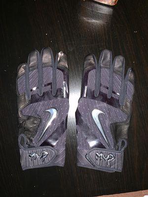 Hyper fuse baseball gloves for Sale in Dallas, TX