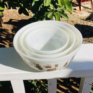 VINTAGE 'EARLY AMERICAN' PYREX NESTING BOWLS for Sale in Carlsbad, CA