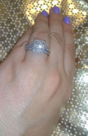 2 carat diamond ring for Sale in Brookhaven, GA