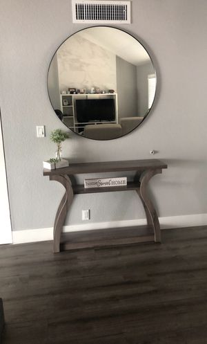 Console /entry table for Sale in Las Vegas, NV