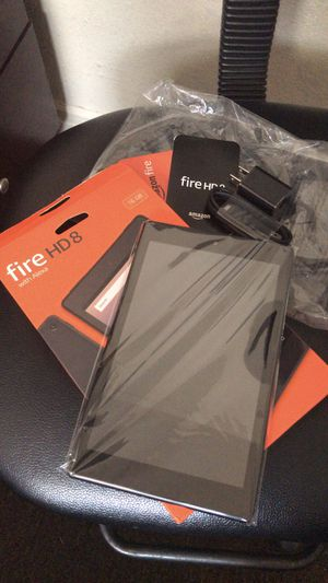 Kindle Fire 8 for Sale in Bell Gardens, CA