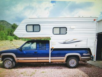 """2003 8' 6"""" Adventurer truck camper TRUCK NOT INCLUDED for Sale in Colorado Springs,  CO"""