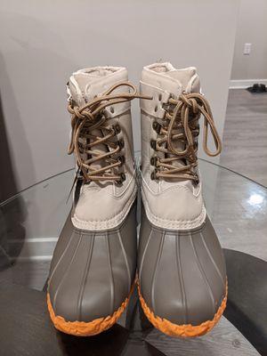 JBU Women's rain/winter boots for Sale in Old Bridge Township, NJ