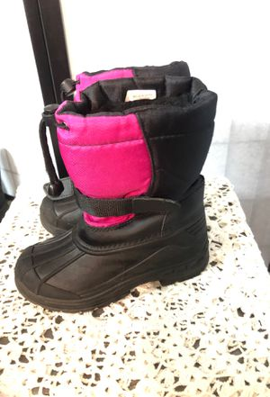 Girls snow boots for Sale in Baldwin Park, CA