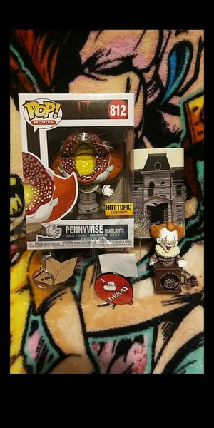 Funko Pop It Pennywise (Deadlights) Hot Topic Exclusive Collector's Box #812 for Sale in Cypress, CA