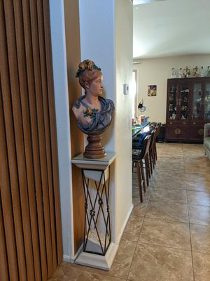 Hand painted statue of beautiful woman for Sale in Chandler, AZ