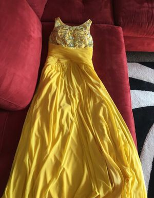 Beaded Women's Size 3/4 Dress for Sale in Moreno Valley, CA