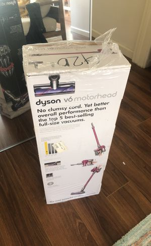 dyson vacuum cleaner BRAND NEW for Sale in Beverly Hills, CA