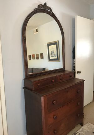 Antique dresser for Sale in Georgetown, TX